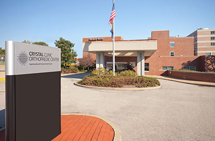 Akron, Ohio Crystal Clinic Orthopaedic Center
